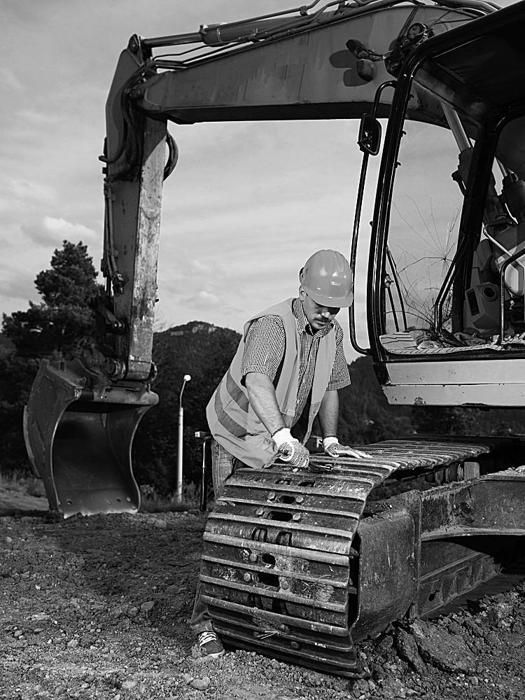 onsite rubber tracks maintenance